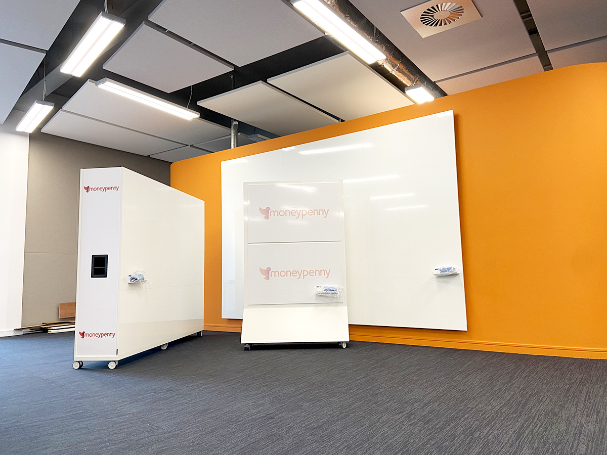 Collaborative Whiteboards for IT Tech Hub