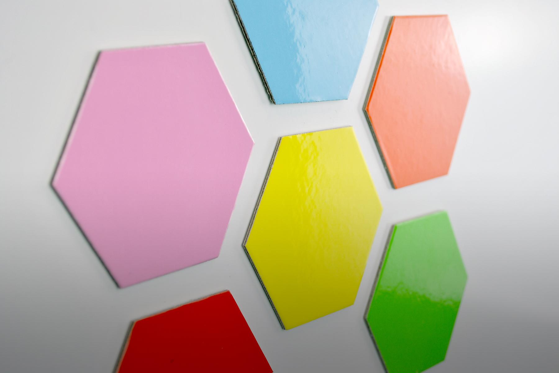 https://www.logovisual.com/wp-content/uploads/2021/08/Magnote-Hexagons-2.jpg